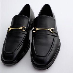 Zara black flat loafer Nwt 7.5